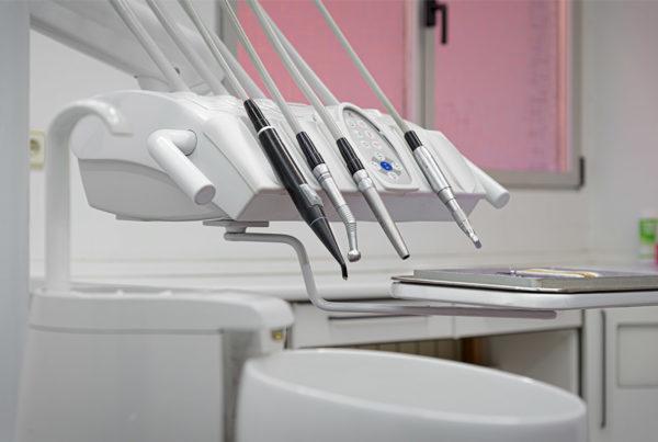 Fotografía-comercial-instrumental-clínica-dental.